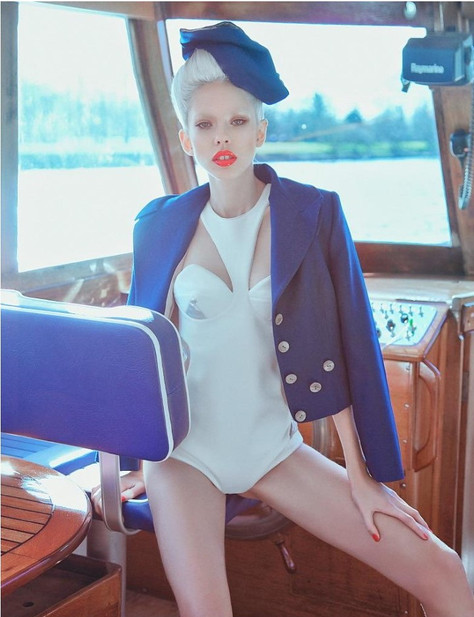 sailor-editorial-boat-yacht-captain-rive
