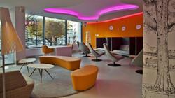 211-mezzanine-lounge