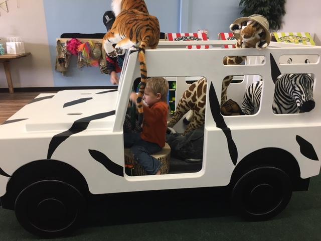 EQ Kids Club Safari Jeep