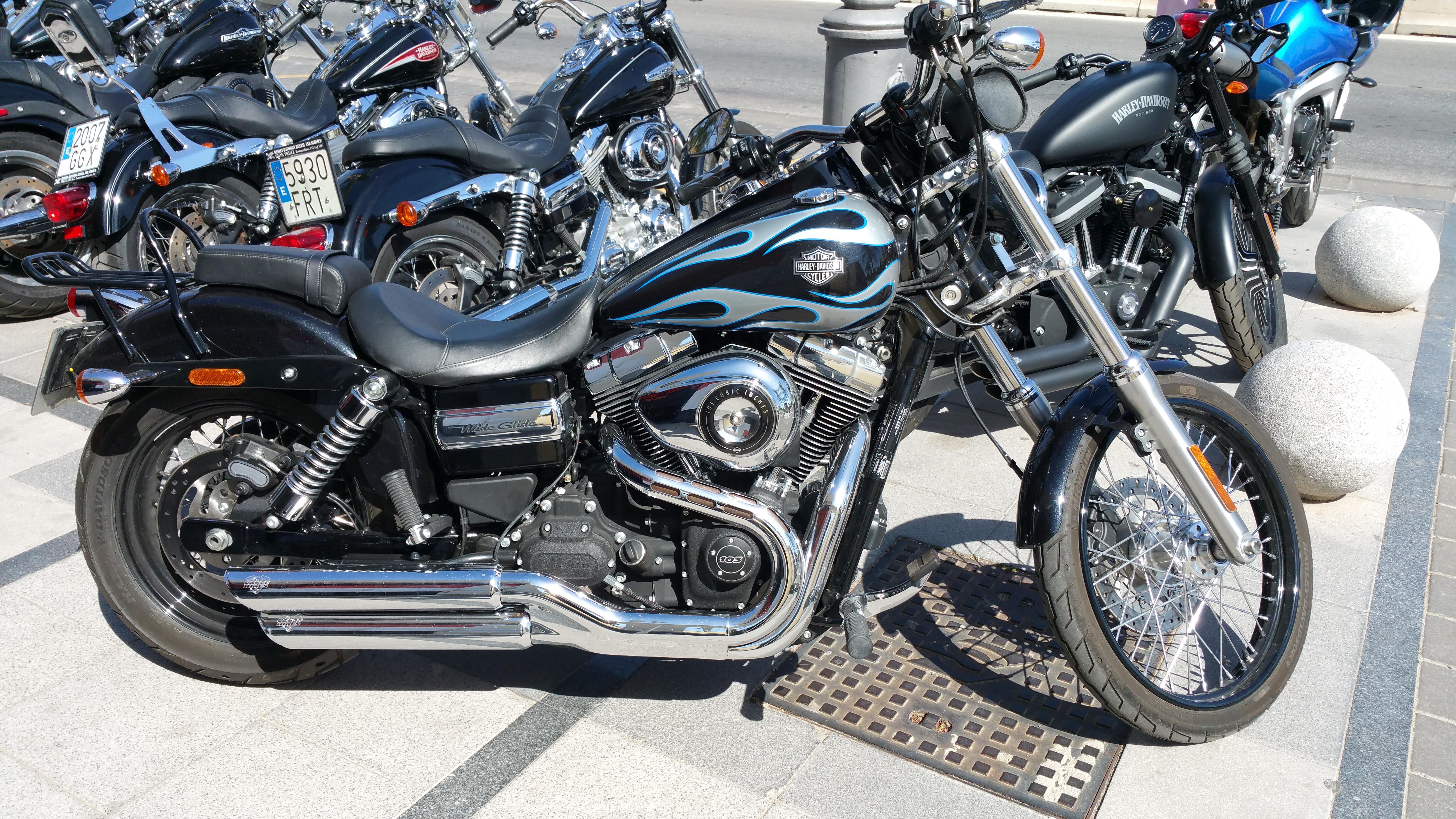 Harley-Davidson Dyna WG