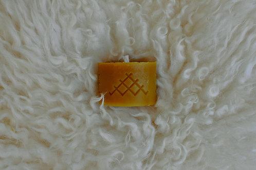 Austra & Ūsiņš Candle | 100% Beeswax