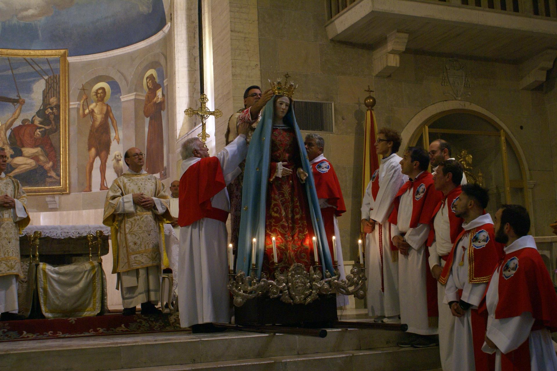 madonna della misericordia 347