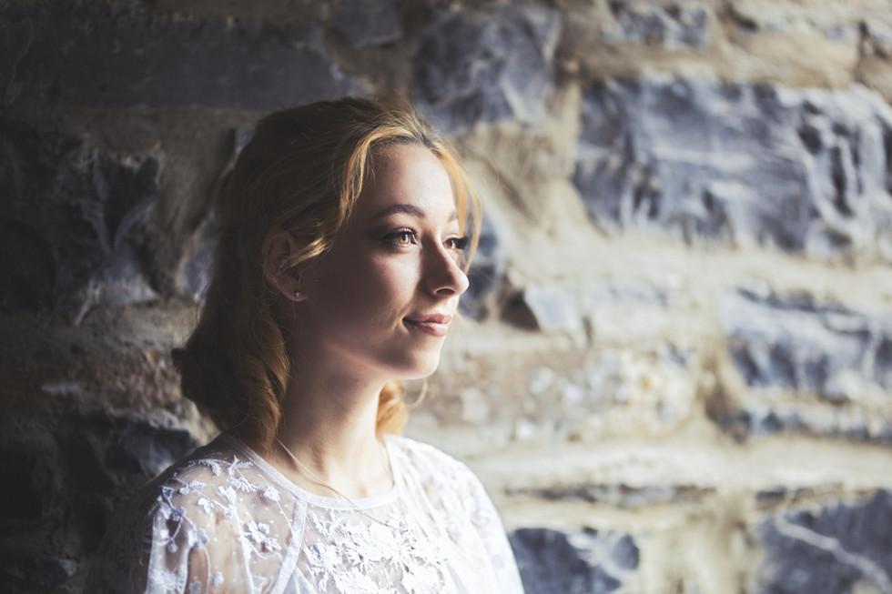 Killaloe Wedding Photographer, Love your wedding photos, Relaxed Wedding Photography, Wedding photographer Ireland prices, wedding photography packages, Lakeside Hotel