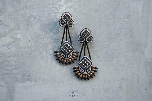 Tawantin Beige Dangle Earrings