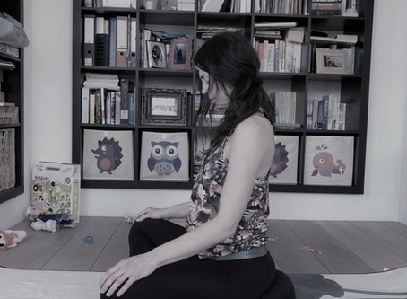 5 prenatal yoga practices to deal with lower back pain in pregnancy