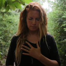 Lisanne - Prenatal, postnatal & pelvic yoga