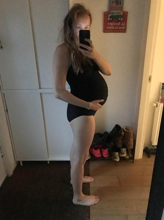 40 + 1 weeks: the day I went into labor and my last picture of my pregnancy belly