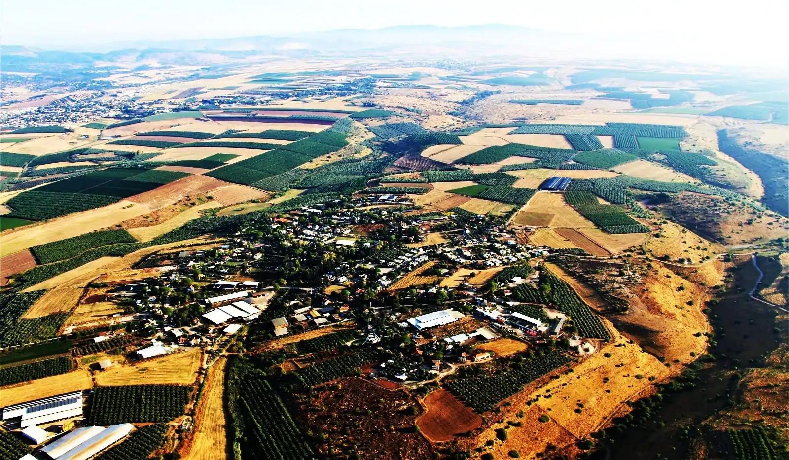 כפר קיש ממעוף הציפור. Kfar Kisch from above