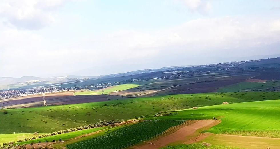 הגליל התחתון המזרחי. מחכה להתגלות. Lower Eastern Galilee. Waiting to be discovered.