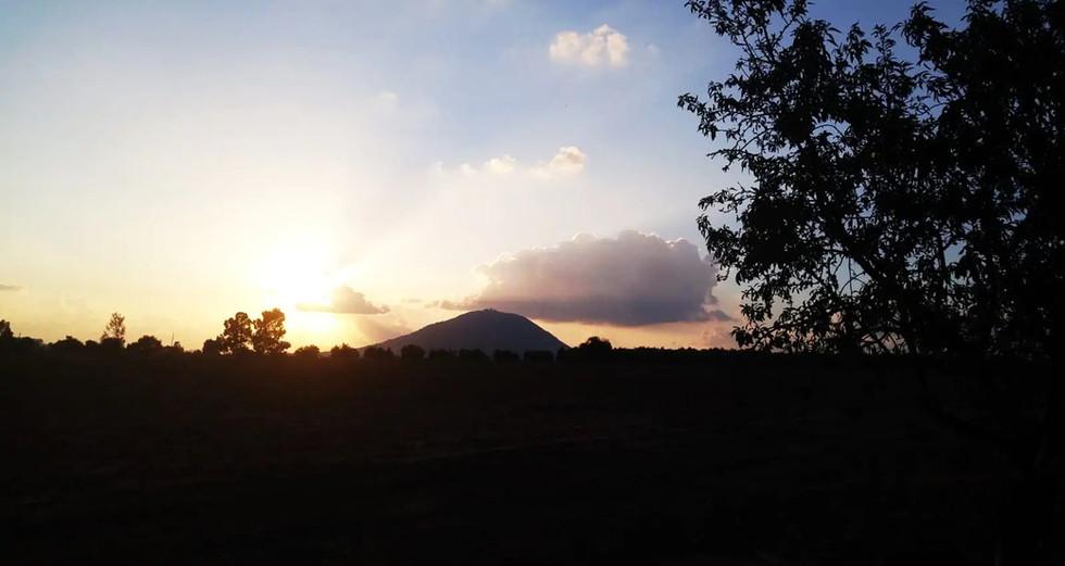 הר תבור בזמן השקיעה. Mt.Tabor,sunset time