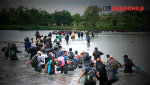 Migrantes cruzando río suchiate guatemala méxico