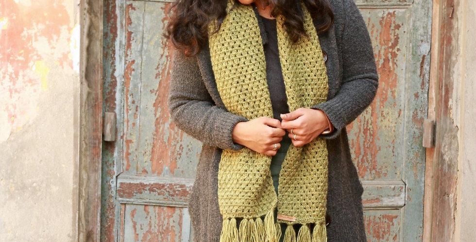Handknitted Crochet Muffler
