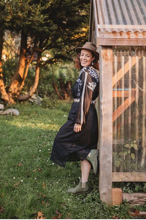 Fleetwood  Folk Dress ~ Khol