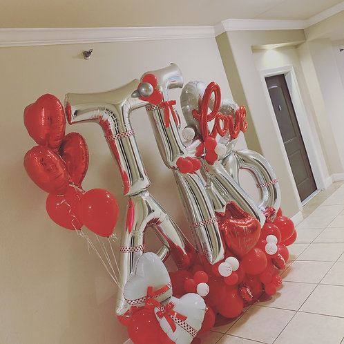 Quick Order - Large I Love You (English or Spanish) Balloon Arrangement