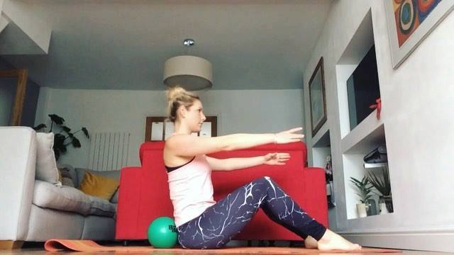#matpilates #benderball #coreworkout #absworkout #pilates #pilateslovers #pilatesflow