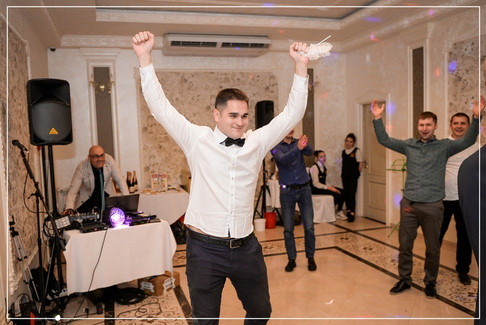 Свадебная съёмка в Ярославле (48).jpg
