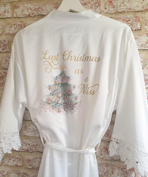 Last Christmas as a Miss robe