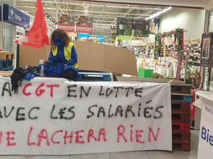 Carrefour Port de Bouc BLOQUE          STOP A LA LOCATION GERANCE