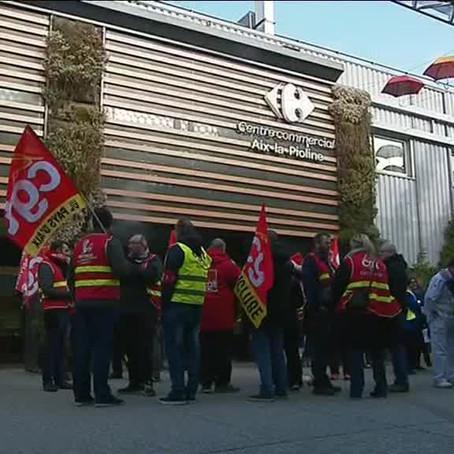 les salariés manifestent à Aix-en-Provence contre les suppressions d'emplois (Plan BOMPARD)