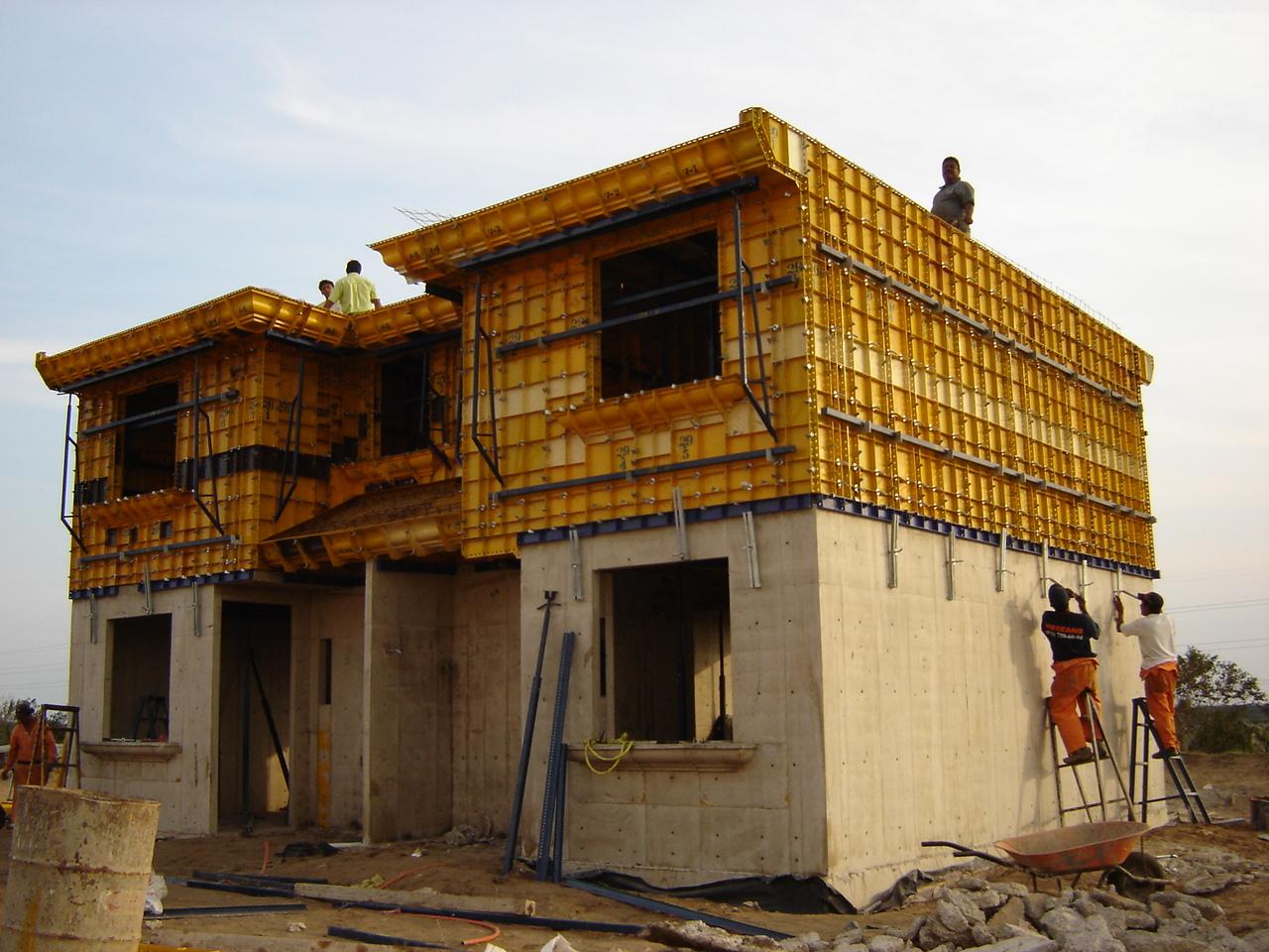 Molde para vivienda duplex