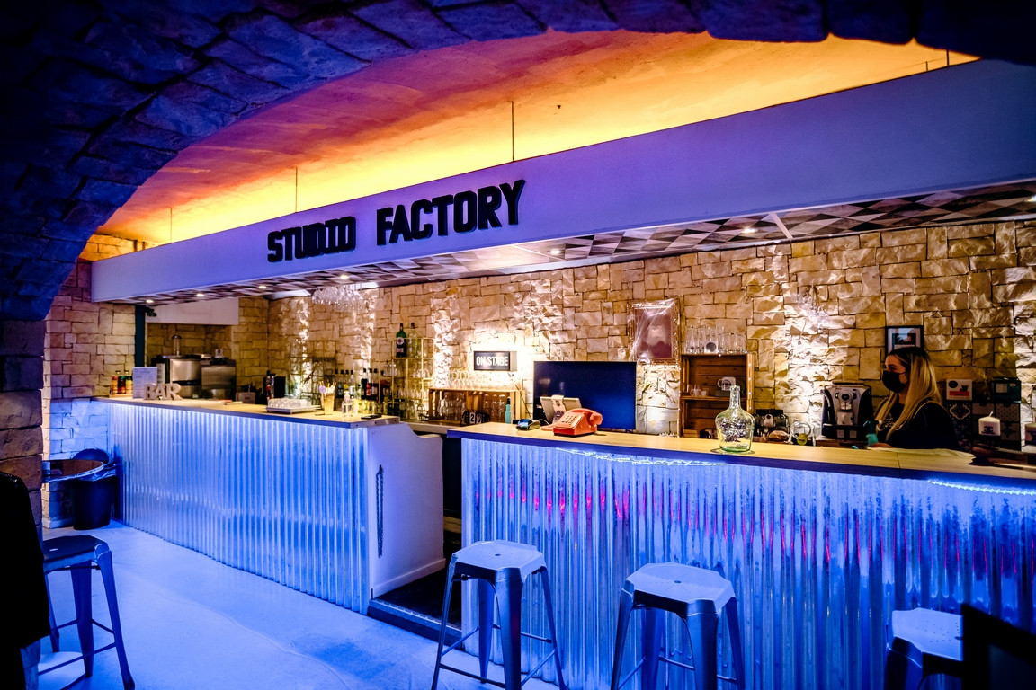 Studio Factory - Bar