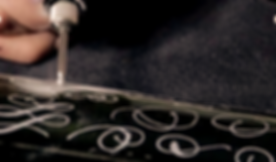 atotaldivadesigns_flourishes_edited_edited.png
