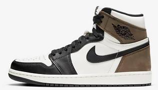 08-sneakers-02.png