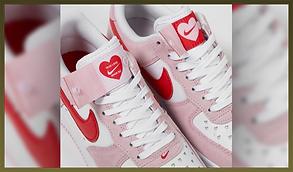 04-sneakers-03.png
