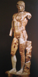 1f .Antiquité.Statue homme.jpg