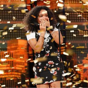 Amanda Mena y el botón de oro de America's Got Talent