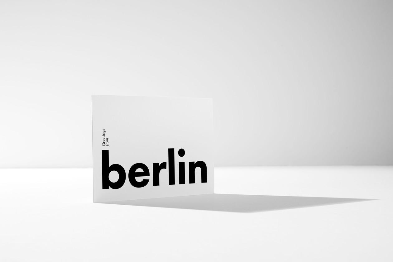 kleoncards_standing_berlin.jpg