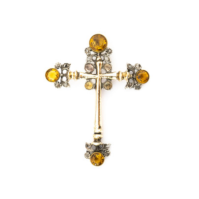 133 Early Gemset Cross £1550