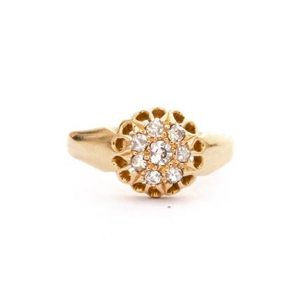 205 Diamond Cluster Ring £250
