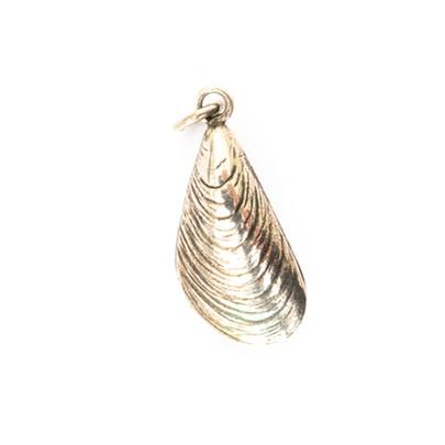 130 Silver Shell Pendant £170