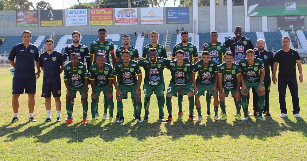 Time do XV pronto para o jogo em Jaguariúna