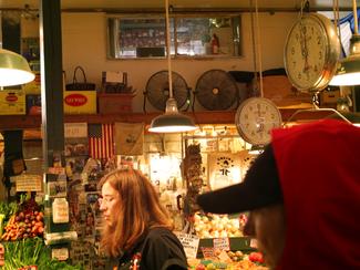 Cindiphoto_Seattle_PikePlaceMarket_11.pn