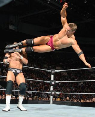Making an entrance on ECW (WWE brand split)