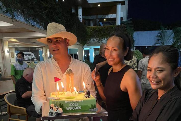 Modern 2021 R4 Birthday Cake.jpeg