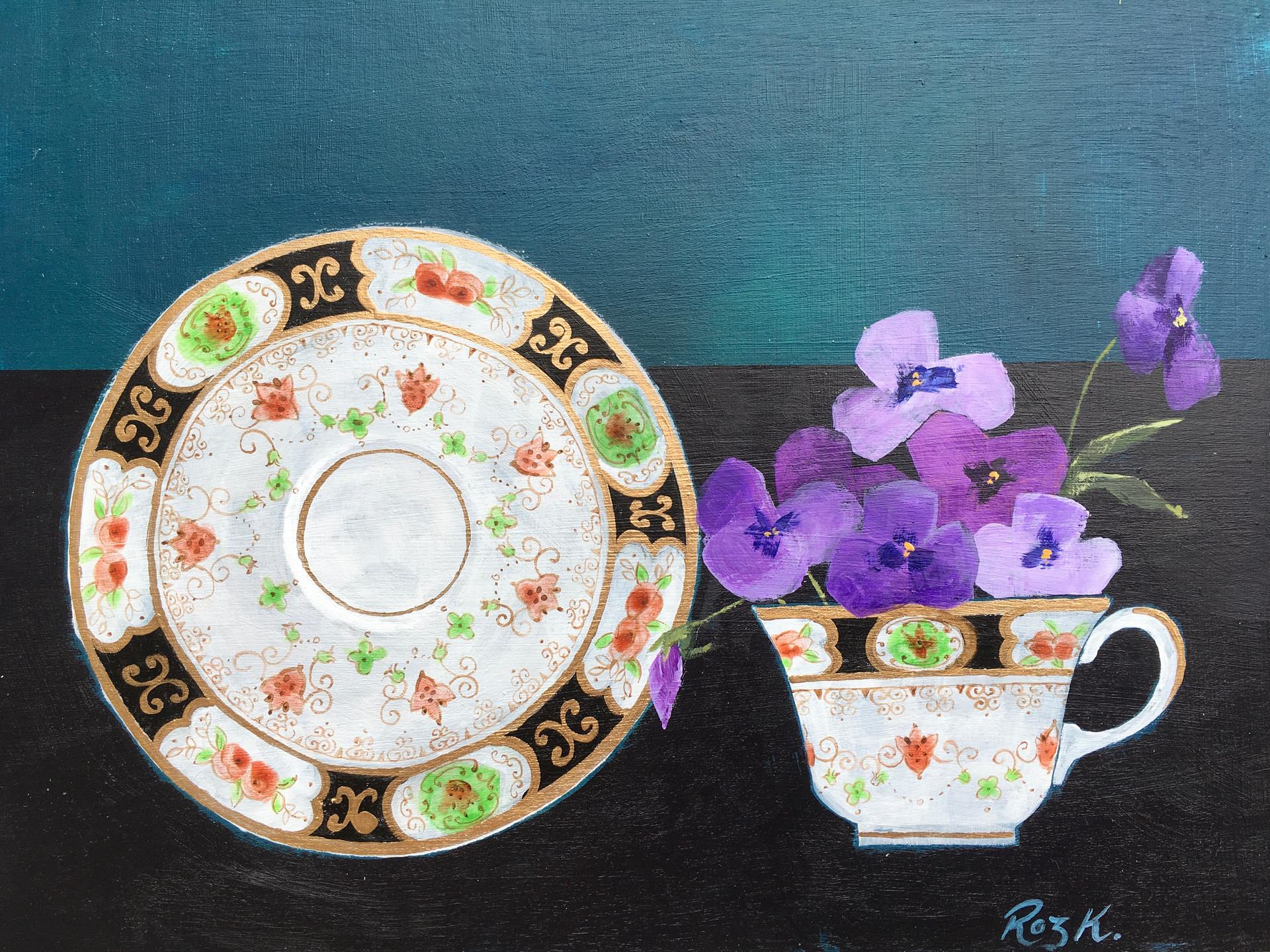 Viola Tea Time