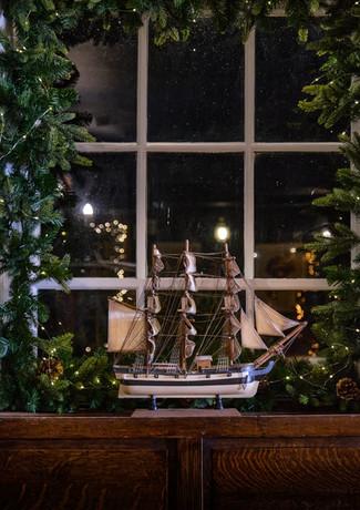 The Ship Christmas 2020 Emma Cabielles 1