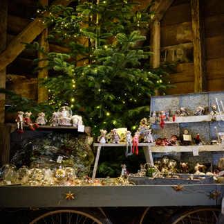 Christmas Barn 2020 23.jpg