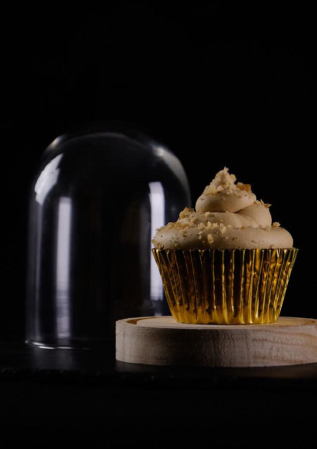 Coffe & Walnut Cupcake Studio.jpg