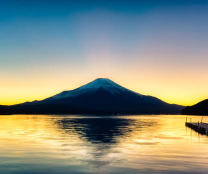 Mt Fuji sunset on the lake