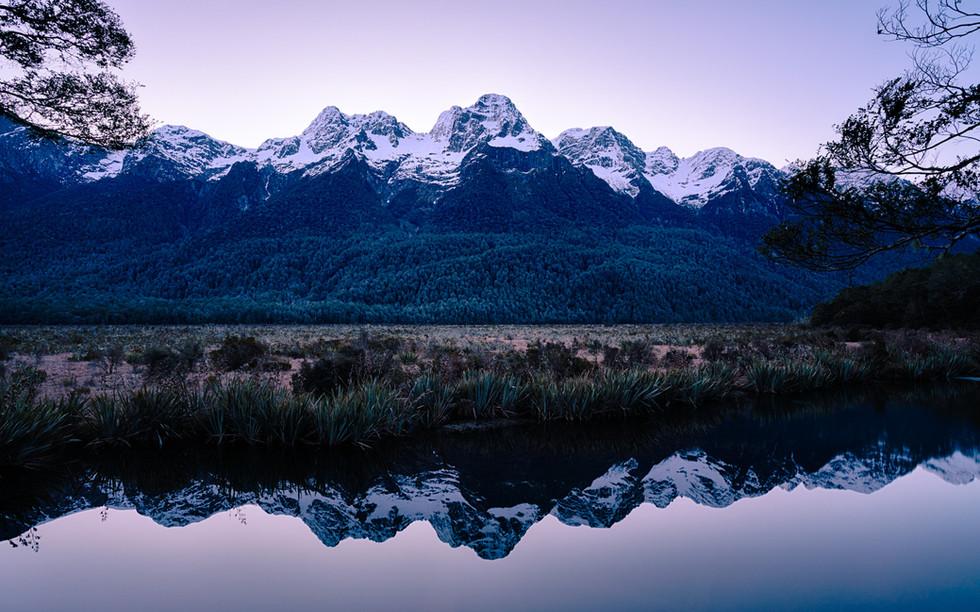 nz-new-Zealand-mirrorlakes-te-anau-milfo