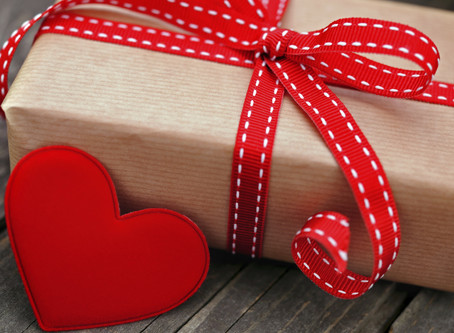 Что подарить маме на День Рождения?  Подарочный набор для женщин!