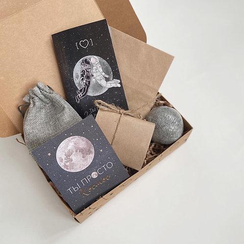 Купить подарочный набор для мужчин и женщин на день Рождения в Москве