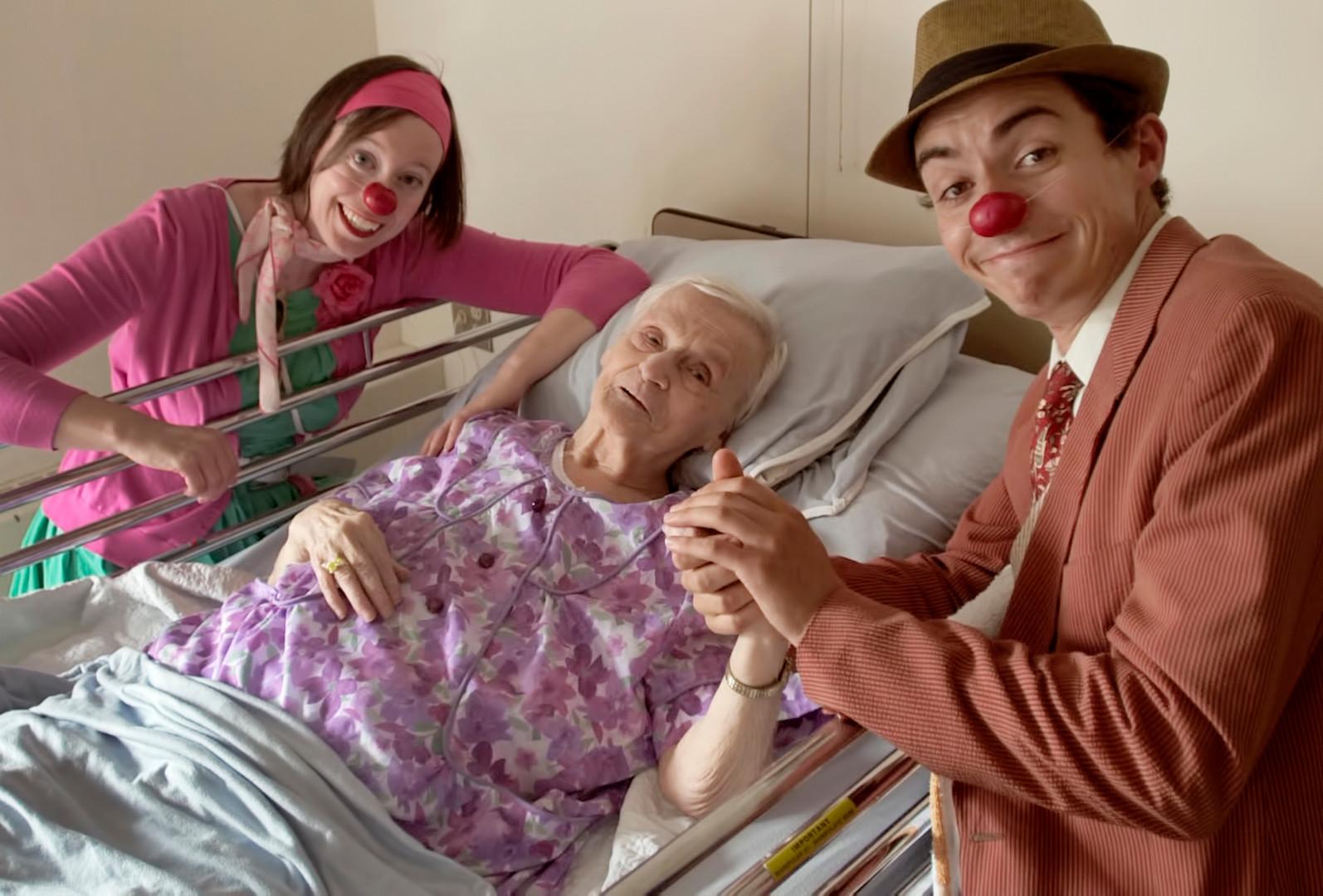 Docteurs clowns en action