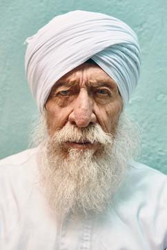 6. Guru Roop