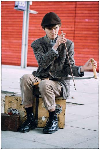 Le joueur de scie (London, 2015)