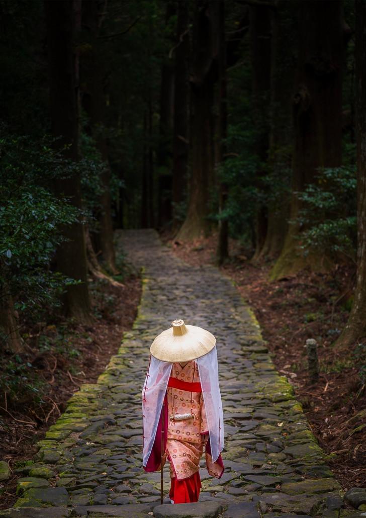 wakayama pilgrim.jpg